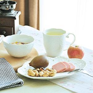乐享 餐具碗盘套装创意欧式纯白浮雕早餐杯碗盘3件组合装 60元
