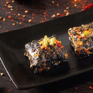 三只松鼠休闲零食小吃经典长沙特产香辣味七千里臭豆腐120g/袋 *11件87元(合7.91元/件)