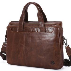 金利来(Goldlion) 公文包商务手提包头层牛皮时尚横款大容量休闲男包 黄棕 FA183020-1341439.2元