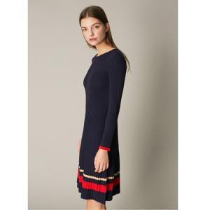 C&ACA200211519女装针织连衣裙99元