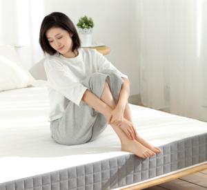 小米8HMH2成人健康护脊黄麻床垫(连锁弹簧版)1099元(需用券)