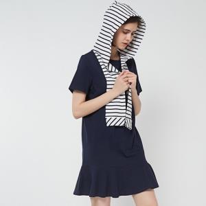 21号:C&ACA200216458女款连衣裙 63.2元