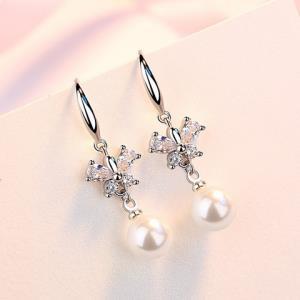 洛莎s925银珍珠耳环 9.9元(需用券)