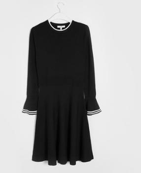 C&A 收腰收腰显瘦弹力针织连衣裙女¥84.15
