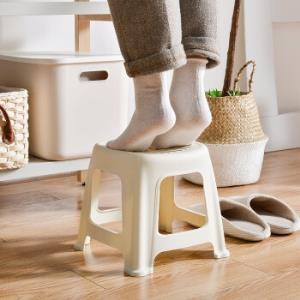百露家用加厚成人圆塑料小凳子高板凳客厅小椅子简易矮餐厅杏色小号9.6元