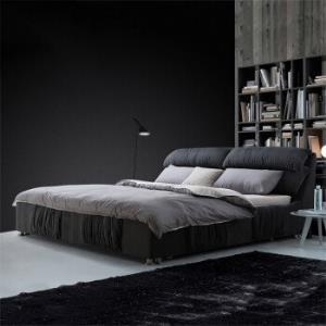 送床垫小户型可拆洗双人主卧室软包床婚床 2580元(需用券)