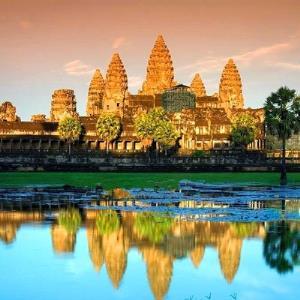 27日0点:上海-柬埔寨暹粒5日跟团游 1479元起/人