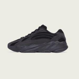 阿迪达斯官方adidas三叶草YEEZYBOOST700V2男女经典鞋FU6684如图37 2599元(需用券)