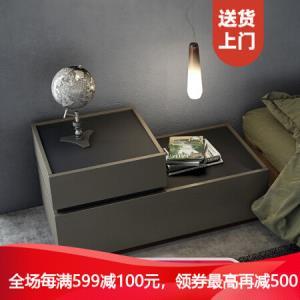优主意床头柜储物柜卧室星斗格�\橡奶咖色GT542A800mm*446mm*400mm669元