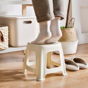 百露家用加厚成人圆塑料小凳子高板凳客厅小椅子简易矮餐厅杏色小号*3件22.2元(合7.4元/件)