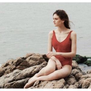 MEMORYBABYMC100R女士双肩带连体泳衣 119.8元