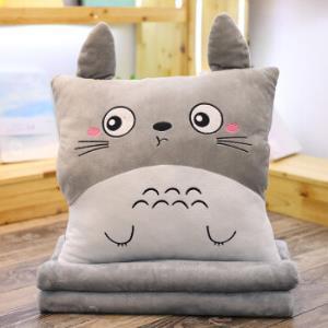 卡通龙猫抱枕被子两用靠垫空调毯汽车午休被子39.9元