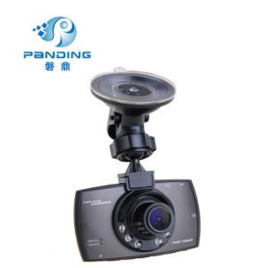 磐鼎P602C送读卡器高清1080P红外线夜视记录仪循环摄像.24小时停车监控灰色标配16G内存199元