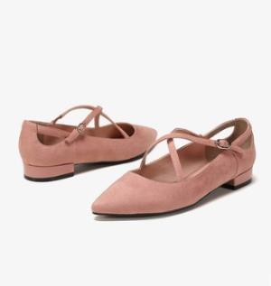 DAPHNE达芙妮女士休闲鞋 25元