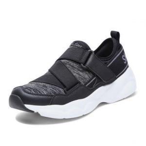 斯凯奇女鞋厚底熊猫鞋柔软一脚蹬运动休闲鞋复古老爹鞋 199元