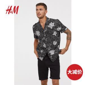 H&MHM0478992男士牛仔短裤 80元
