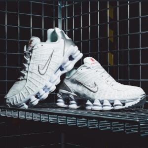 NikeShoxTL男子运动鞋 839元