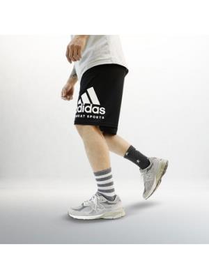 Adidas阿迪达斯男装运动短裤adiKTW2S-BW 69.2元(需用券)
