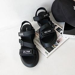 DAPHNE达芙妮21夏吸睛时髦圆头露趾老爹厚底运动女鞋女凉鞋98.9元