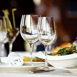 RCR意大利进口水晶玻璃红酒杯葡萄酒杯醒酒器酒樽酒具高脚杯套装日用红酒杯_440ml*2支79.2元